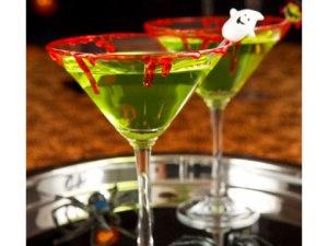7-Spooky-Halloween-Cocktails-05-sl