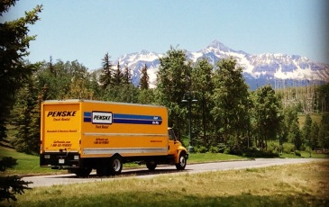 penske-truck-rental-on-the-road